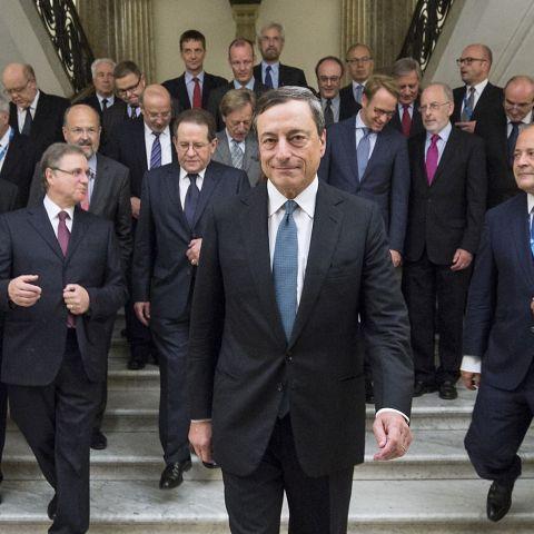 Tutti con Draghi