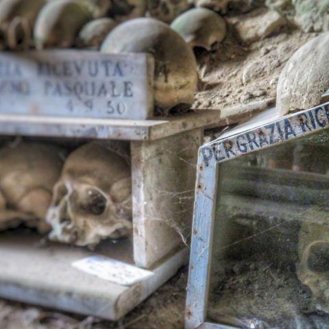 Perché i napoletani non hanno paura della morte