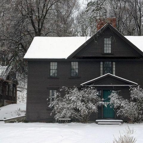 Nelle stanze della casa dove Louisa May Alcott ha scritto Piccole donne