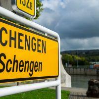 Don't Touch My Schengen